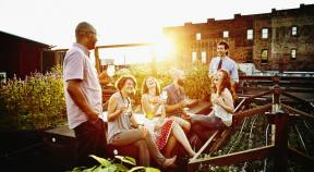10 Ways to Keep Your Friendships Healthy and Happy