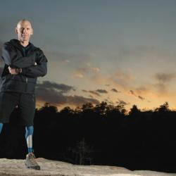 Losing both of his legs couldn't stop Warren MacDonald from moving forward, once he recognized his purpose in life