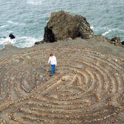 Strolling through a labyrinth can actually change your brain